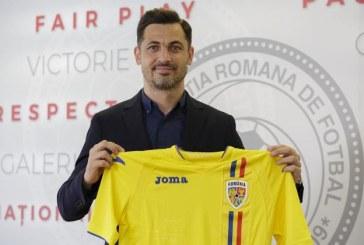Fotbal: Rădoi pregăteşte barajul naţionalei României cu Islanda – Acum avem suficient timp să analizăm adversarii