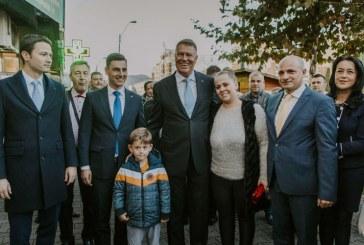 Presedintele Klaus Iohannis ii indeamna pe romani sa mearga la vot pentru reconstructia Romaniei
