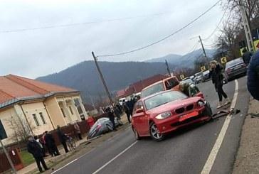 Patru masini implicate intr-un accident rutier produs in centrul localitatii Ilba