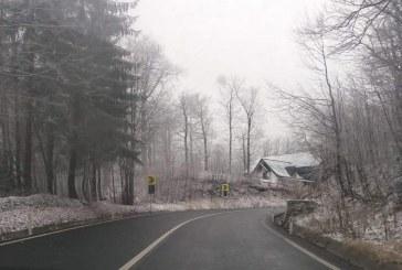 Temperaturile minime ajung la -7 grade C. Pe patru rauri din Maramures curg sloiuri de gheata