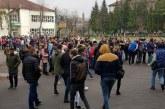 """Pompierii baimareni, activitati de pregatire cu elevii si personalul de la Scoala Gimnaziala """"Petre Dulfu"""" si Colegiul Tehnic """"C.D. Nenitescu"""""""
