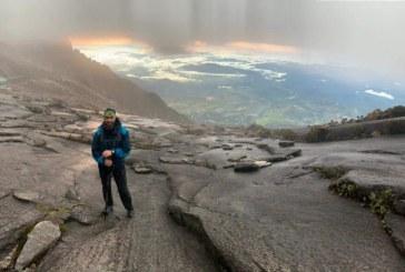 Astazi, in lume: Baimareanul Cristian Niculescu Tagarlas este la Mount Kinabalu, Borneo Malaezia