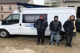 Trei sirieni si un libian, opriti din drumul ilegal spre vestul Europei