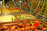 Fiecare român aruncă 129 de kilograme de mâncare pe an; Guvernul şi-a propus înjumătăţirea cantităţii până în 2030