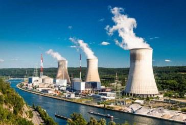 Franta va inchide 14 reactoare nucleare pana in 2035