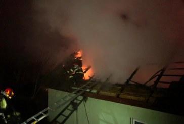 Masuri ferme: Barbatul care a incendiat cabana din Finteusu Mare a fost arestat