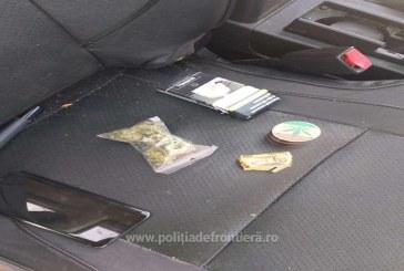 Marijuana descoperita in torpedoul unui autoturism de catre politistii de frontiera, la Dragomiresti