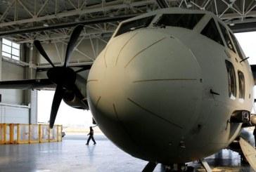 Companiile aeriene să grăbesc să îşi convertească avioanele de pasageri în avioane de marfă