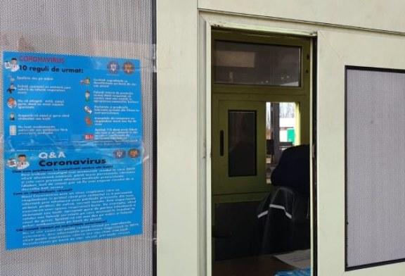 16.000 de flyere distribuite de DSP Maramures la primarii, spitale, Crucea Rosie, ONG-uri, dar si in PTF Petea si Urziceni. Institutiile urmeaza sa le imparta populatiei (VIDEO)