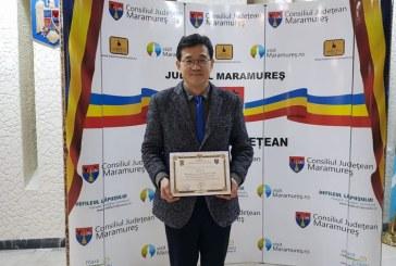 Interviu: Jeong O. Park, coreeanul care s-a indragostit de Maramures. Park scrie un ghid de 500 de pagini despre Romania