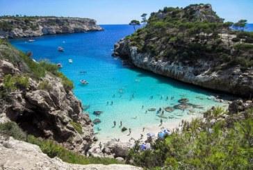 Mai multe plaje au ramas fara nisip dupa o furtuna care a lovit insula spaniola Mallorca