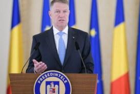 Iohannis: Am solicitat Guvernului un bonus lunar pentru personalul care lucrează cu pacienţi COVID