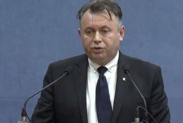 VIDEO – Nelu Tătaru: La trei cazuri de infecţie în clase diferite se închide şcoala