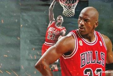 O pereche de ghete purtată de legendarul baschetbalist american Michael Jordan a fost vândută cu suma record de 560.000 de dolari