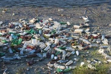 Taxa pe ambalaje de plastic, aluminiu și sticlă, stabilită la 50 de bani