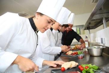 Baia Mare: Restaurantul Millennium, din centrul vechi, angajează bucătar și ajutor de bucătar