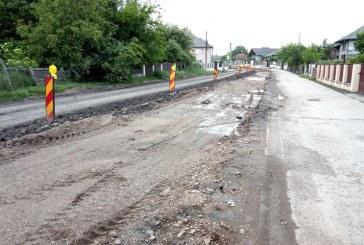 NEMULȚUMIRI – Traficul greoi din zona podului de la Ardusat enervează șoferii