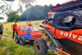 Salvamontiștii maramureșeni au intervenit pentru a ajuta o tânără accidentată în zona Poiana Boului