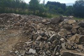 Acțiune de amploare în Maramureș: Patru persoane reţinute pentru contrabandă și aplicarea sechestrului pe230.000 kg agregate minerale