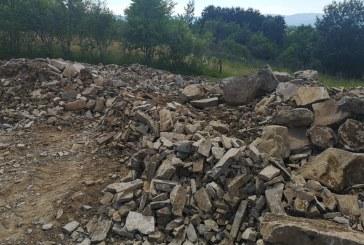 Acţiunea Balastiera: 16 tone de agregate minerale confiscate de poliţişti, la Sighetu Marmației