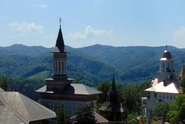 Mănăstirea Rohia, o oază de credință a Maramureșului (FOTO)