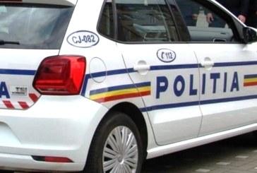 Scandal de proporții provocat de doi tineri într-un local din Ocna Șugatag. Unul dintre ei a avariat și mașina poliției