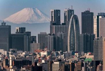 Fitch înrăutăţeşte perspectiva ratingului Japoniei, din cauza efectelor pandemiei