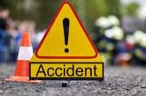 Accident la Săcel: Un camion ajuns în afara carosabilului
