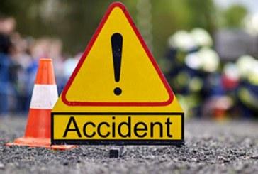 Un tânăr de 23 de ani a decedat după ce s-a lovit cu mopedul de un mal din pământ