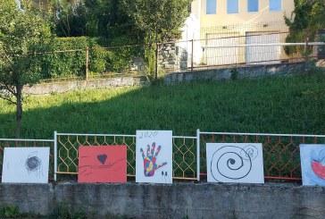 Hope and Homes for Children: Despre copii, artă și cum doar ei știu să o exprime. Anuța Varsta, alături de copiii din casa de tip familial Dealul Florilor din Baia Mare
