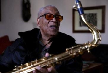 Saxofonistul Hal Singer a murit la vârsta de 100 de ani