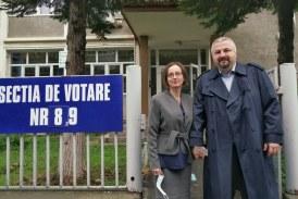 Candidații USR PLUS au votat la primele ore ale dimineții, pentru dezvoltarea Băii Mari și a Maramureșului