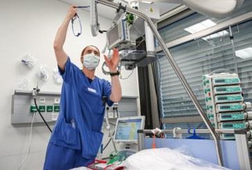 Guvern: Pacienţii asimptomatici sau cu forme uşoare de COVID-19 – monitorizaţi de medicii de familie