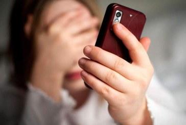 FURTURI DIN CASE – Telefoanele nu trebuie lăsate la vedere
