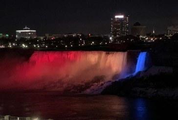 1 Decembrie: Cascada Niagara va fi iluminată în culorile drapelului românesc