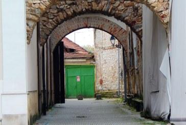 RUȘINE – Baia Mare dă cele mai multe monumente din județ aflate în colaps și precolaps