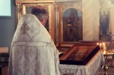 Biserica Ortodoxă Română a decis că înainte de ritualul botezului preotul va fi obligat să se întâlnească cu părinții și nașii copilului care să prezinte starea de sănătate a acestuia