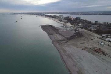 Litoralul românesc va avea, la începutul verii, aproape 53 de hectare de plajă nouă