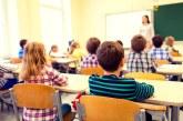 Jumătate dintre profesorii din rural, participanți la un sondaj World Vision, spun că elevii lor au pierdut considerabil din materie în pandemie