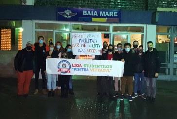 """Studenții din Baia Mare se revoltă: Liga Studenților """"Pintea Viteazul"""" critică dur eliminarea gratuității transportului feroviar"""