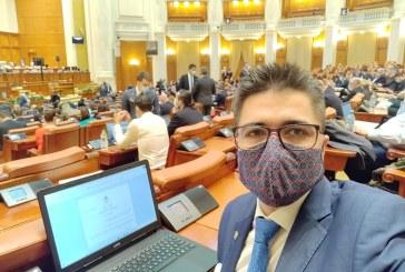 ÎȘI DĂ SINGUR NOTĂ – Deputatul confundă diurna cu indemnizația