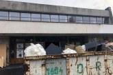 Primăria Baia Mare a făcut curățenie generală la Cinema Dacia (FOTO)