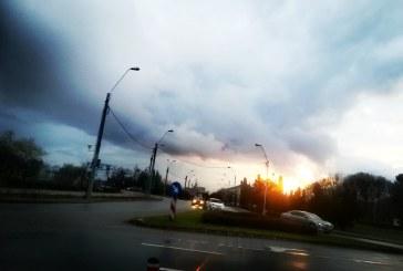 FĂRĂ SOARE – Luna iunie începe cu ploi în Maramureș