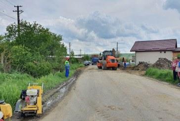 RĂBDARE – Sălăjenii refac din temelii drumul județean aflat la limită cu Maramureșul