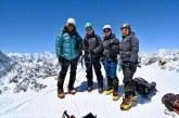Trei surori din Nepal au scris istorie după ce au reuşit să cucerească împreună vârful Everest
