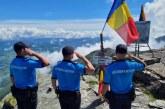 Jandarmii montani din Borsa si Cavnic au înălțat drapelul pe munte