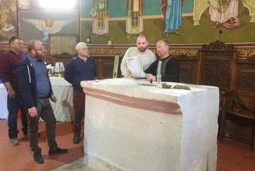 RELIGIE – Lucrări la biserica ortodoxă din centrul Moiseiului