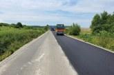 PENTRU ȘOFERI – Asfalt proaspăt turnat la ieșirea din Maramureș spre Sălaj
