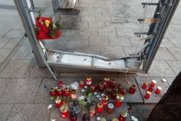 Compasiune: Candele și flori pentru Denisa, la locul accidentului (FOTO)