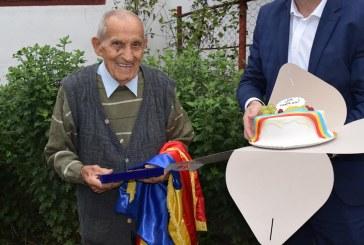 LA MULȚI ANI – Un veteran de război din Sighet a împlinit azi 101 ani